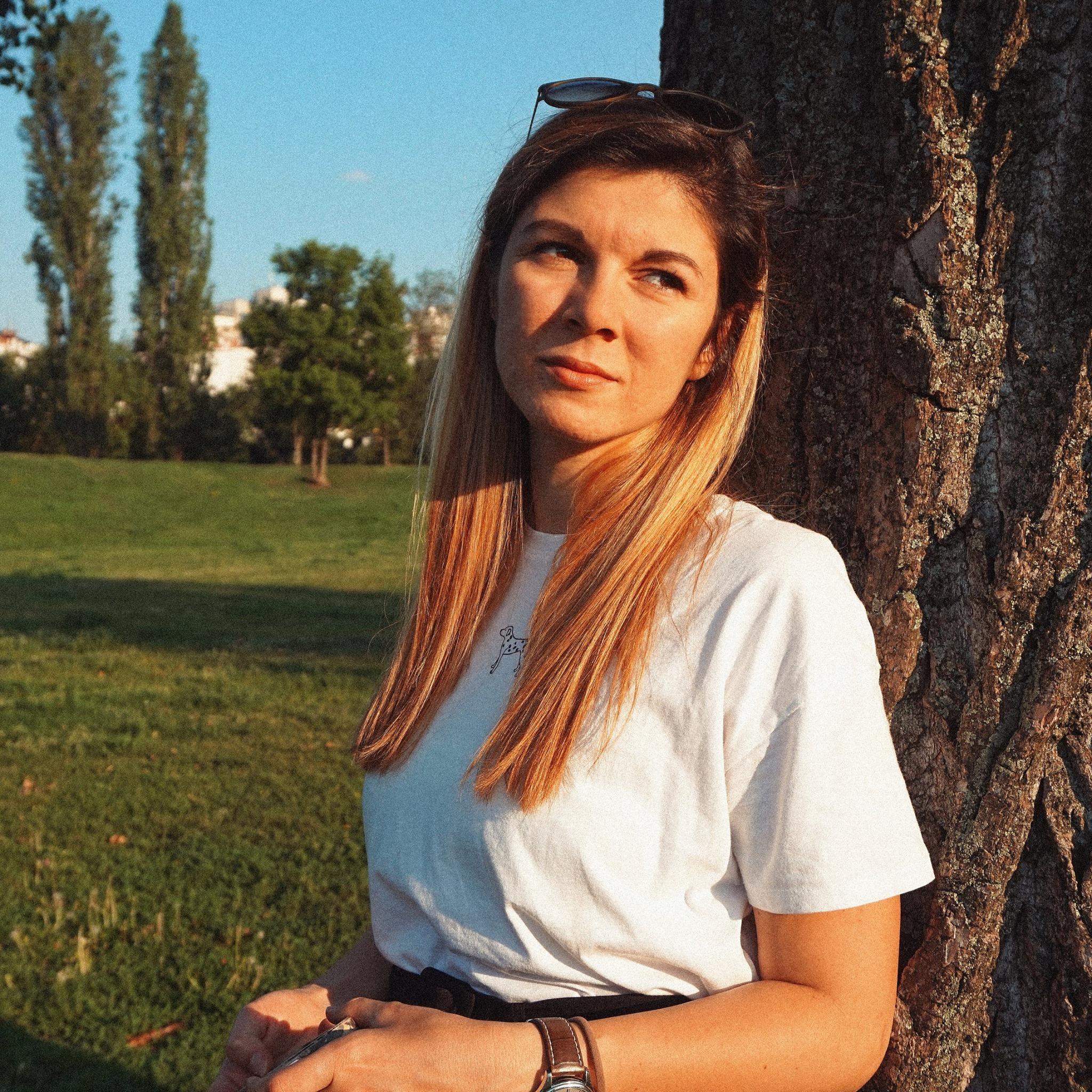 Виктория Радославова